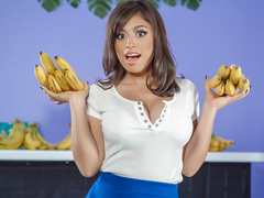 Ella Knox & Charles Dera in Busted At The Banana Shop - BRAZZERS