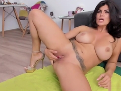 big tit spanish goddess squirting