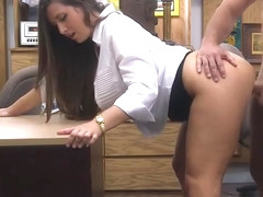 Bubble butt woman railed by pawn keeper at the pawnshop