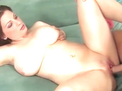 Sexy and seductive Jessica Roberts takes a fat dick