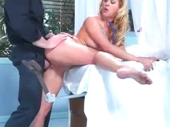 (Cherie Deville) Slut Horny Patient Like To Bang Doctor At Cabinet vid-11