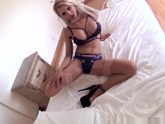 Alix Lynx takes pictures of herself before masturbating