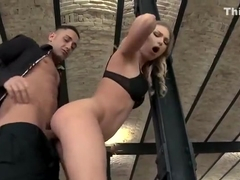 Hottie gets ass pounded