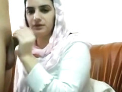 Pakistani Muslim Wife Get Big Tits Massages and Plays with Pussy