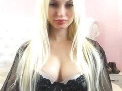 SexySweetNastya Changing to SeeThrough in FreeChat 28-05-2017