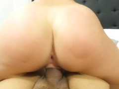 Porn Noob Madelyn Monroe in her first porn fuck