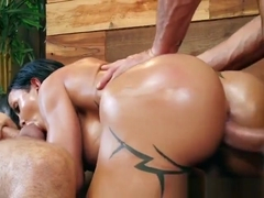 Luscious Slut Jewels Jade Gets All Her Holes Filled Up