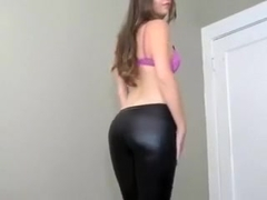 I love to put on my leather leggings and play tease and denial games