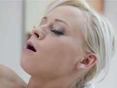 TeenMegaWorld Naomi Nevena Masseur Seduces His Sexy Cus