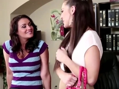 Beautiful Gracie Glam Fucks Her Boss
