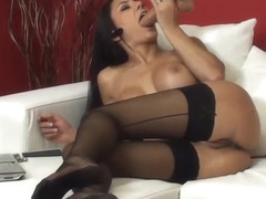 SOFIA CUCCI SQUIRTING SCHOOL-5