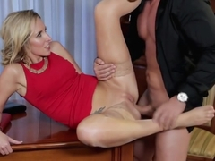 Godly experienced woman Jenny Simons is fucking in ass
