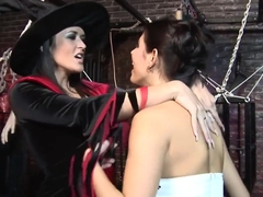 2 Witches Fuck A Big Broomstick - Bluebird Films