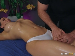 Rachel Starr & JMac in A Five Starr Massage - BRAZZERS