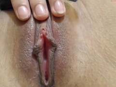 Hot Webcam Girl Masturbating Pussy Fingering Big Lips