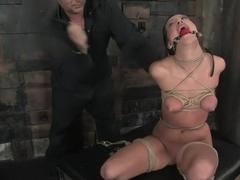 Roxy Deville blowjob nindže