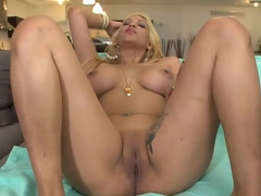 Paris Sweet is that wanted blonde Latina