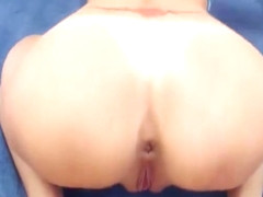 slut fucks her destroyed anal with anal plug and gaping