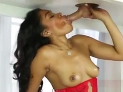 Cockstarving Ebony Teen Yasmine De Leon Is A Slutty Masseuse