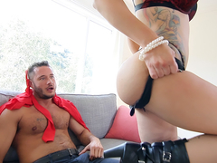 Savana Styles & Danny Mountain in Milf Fucked by the Gardener - AcesOfPorn