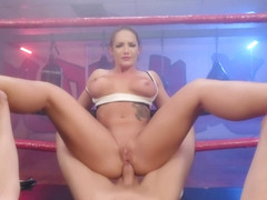 Cali Carter Is The Boxing Hottie That Likes To Stuff Her Tight Box