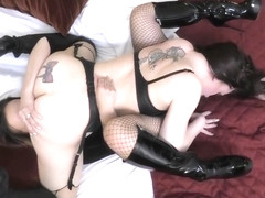 Angie Lynx In Lactating Lesbian Service In Hotel (she Got Paid 4 Her Milk)