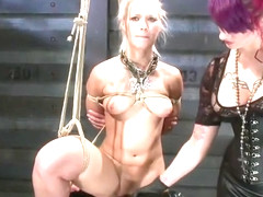 Pornstar porn video featuring Anikka Albrite and Soma Snakeoil (Goddess Soma)