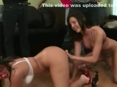 Coed amateurs analplay with toys