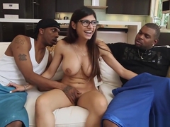 Mia Khalifas Revenge On Boyfriend With Two Black Monster Dicks