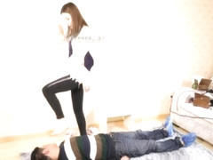 Chinese trampling and face kicking