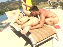 Admirable blonde MILF Alexis Texas had hard core fuck in public place