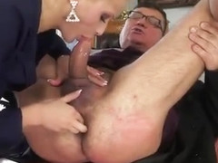 Blondie suck an old man