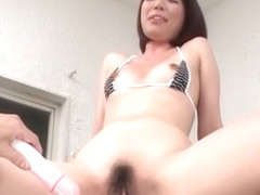 Izumi Manaka fucked by a hot toy in the doggystyle and facial