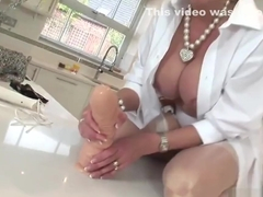 Adulterous english milf lady sonia reveals her heavy tits