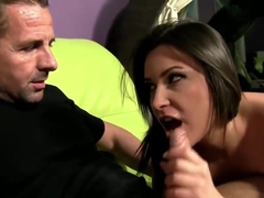 Akasha Cullen enjoys dildoing and fucking