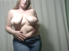 Elle Moon BBW Removes Top and Plays With Tits and Belly