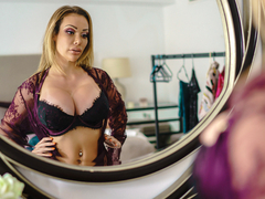 Chessie Kay & Keiran Lee in Dressing Room Poon - BRAZZERS