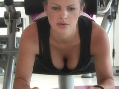 Mature Ladies Sweating Naked At The Gym - MatureNL
