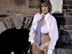 BE MY LOVER - vintage British huge tits striptease dance