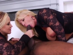 Anal whore gets fisted