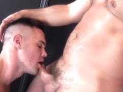 Tyler Reed and Beau Reed - BarebackThatHole