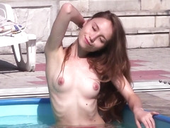 Hot Pool - Nicolina - Met-Art