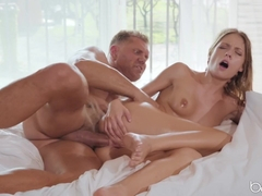 Rebecca Volpetti & Nacho Vidal in Oil and Water - BabesNetwork