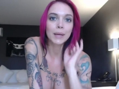 Tattooed Slut has Super Creamy Orgasm on Webcam!