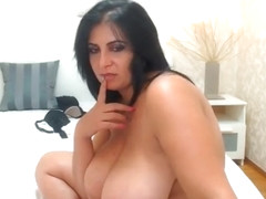 aunty - naked big BOOBS - big ASS brunette 1