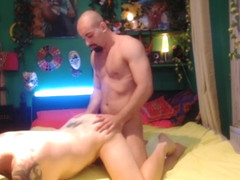 Muscle Stud Plows Parrot Hilton's Tight Pussy